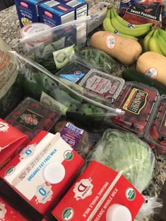 Aldi groceries. Shopping at aldi saves money on groceries.